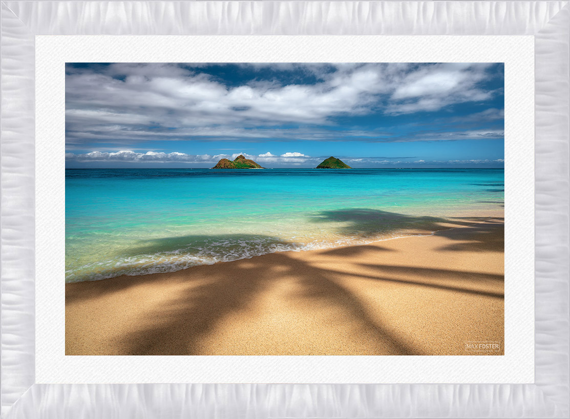 A 4 inch ROMA Arber Satin White Frame with 3 inch White Linen Liner
