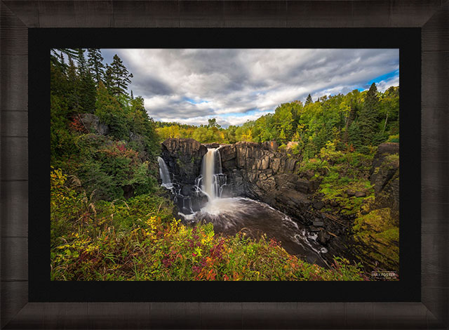 Gallery Ultra+   Lumachrome TruLife® Acrylic Framed Print   Ready to Hang print preview
