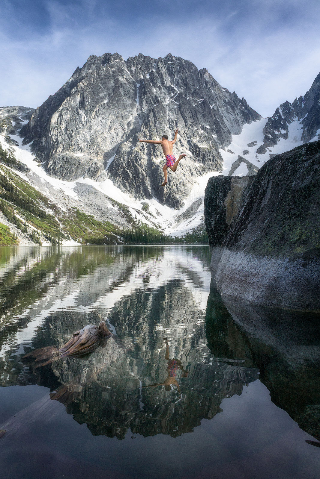 Max taking the plunge in The Alpine Lakes Wilderness