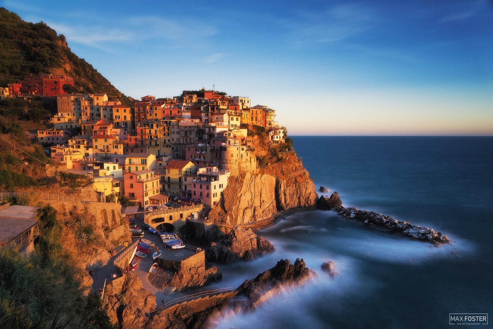 Manarola, Cinque Terre, Italy, Manarola Gold, Gold, Liguria, Fishing Villages, Hills, Vineyards, photo