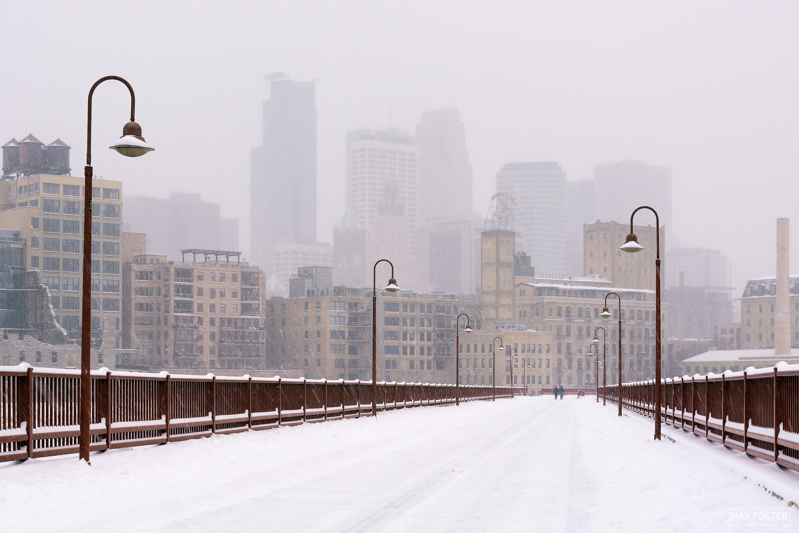Minneapolis, Minnesota, Snowy Stone Arch, Stone Arch Bridge, Saint Anthony Falls, photo